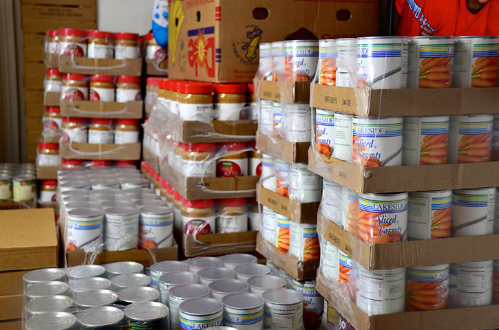 Healthy canned foods for food boxes.
